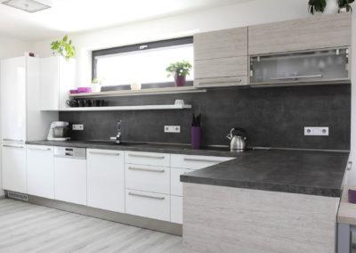Kuchyně 69
